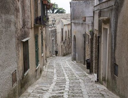 Narrow alley-way in Sicilian village